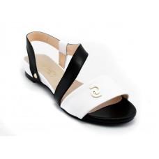 ---НА ЕДРО--- Дамски сандали на ниско ходило модел 044