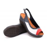 ---НА ЕДРО--- Дамски сандали модел 124
