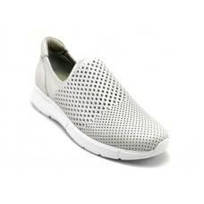 ---НА ЕДРО--- Дамски спортни обувки модел 117